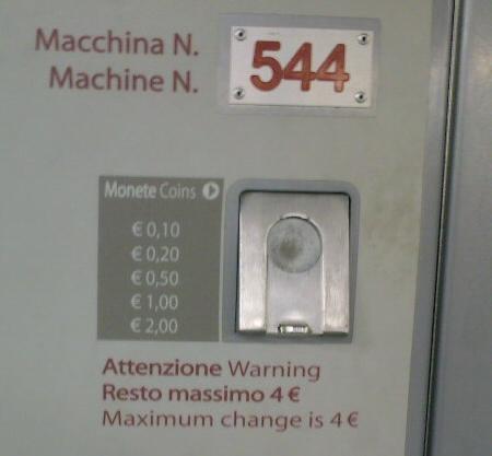 immagine con nota: attenzione, resto massimo 4 euro